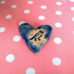 Birdie heart brooch / pin / button / badge. Ceramic. Made in Wales, UK
