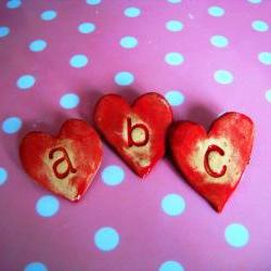 Initial Letter heart brooch / pin / button / badge. Ceramic. Made in Wales, UK